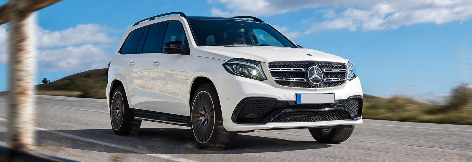 The best seven seater suvs on sale carwow for Mercedes benz 7 passenger