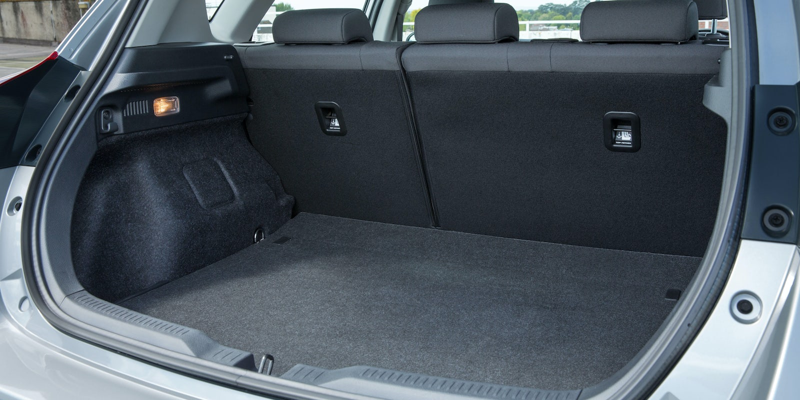 Toyota Auris Boot Space Amp Dimensions Carwow