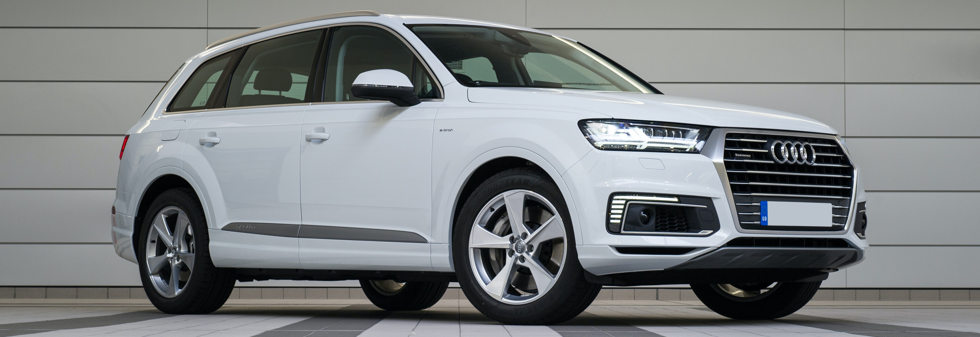 White Audi Q7 Parked, Viewed From The Front