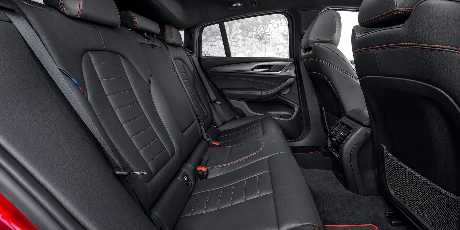 bmw x4 boot space dimensions carwow. Black Bedroom Furniture Sets. Home Design Ideas