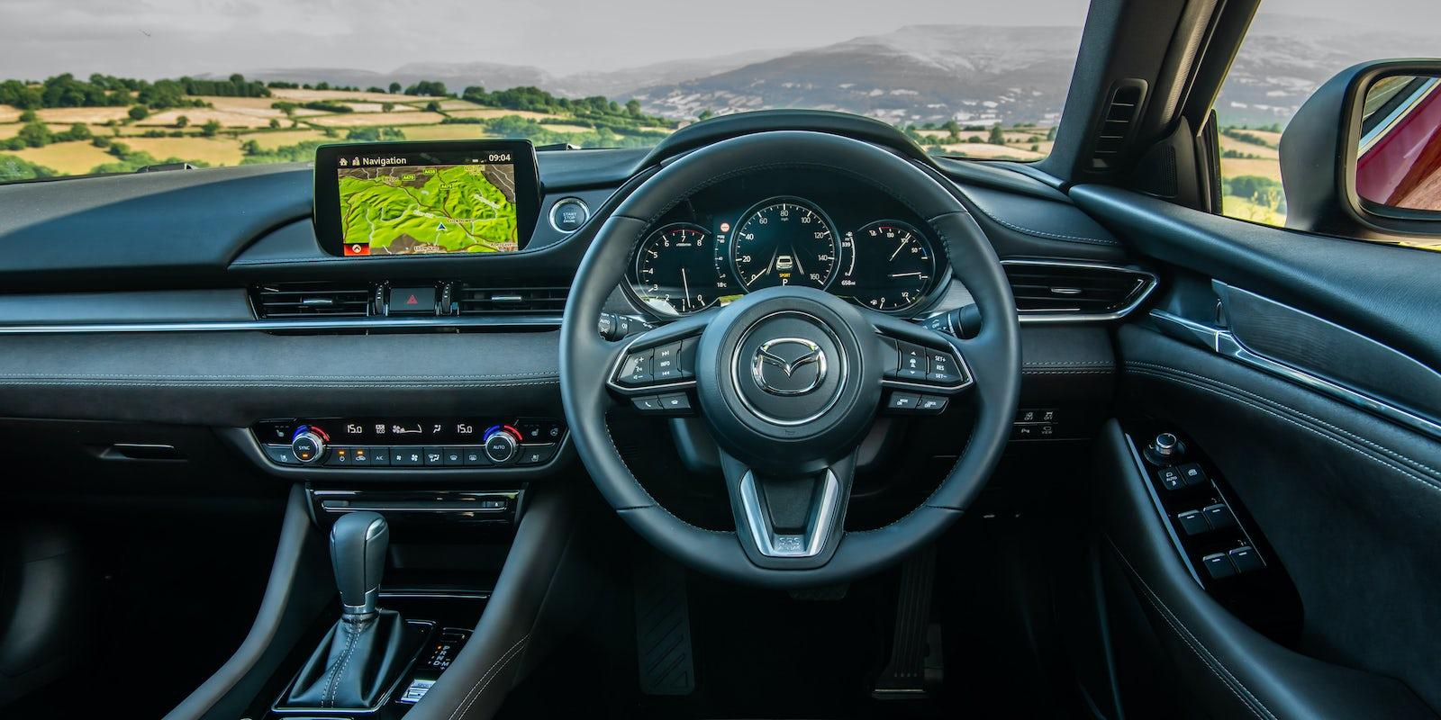 Mazda 6 Saloon Interior & Infotainment | carwow