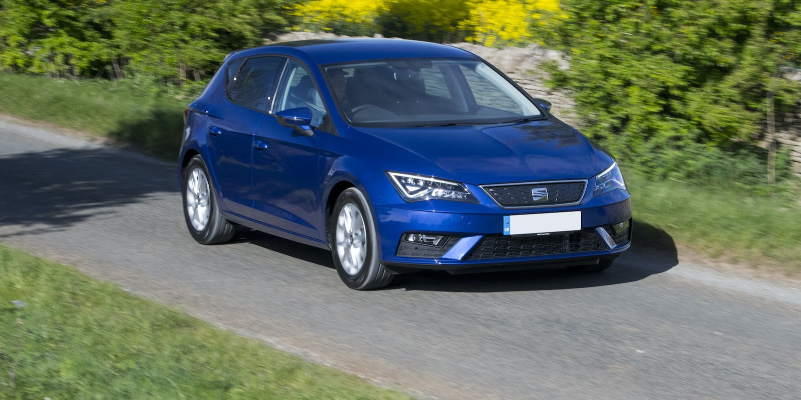 seat leon specifications carwow. Black Bedroom Furniture Sets. Home Design Ideas