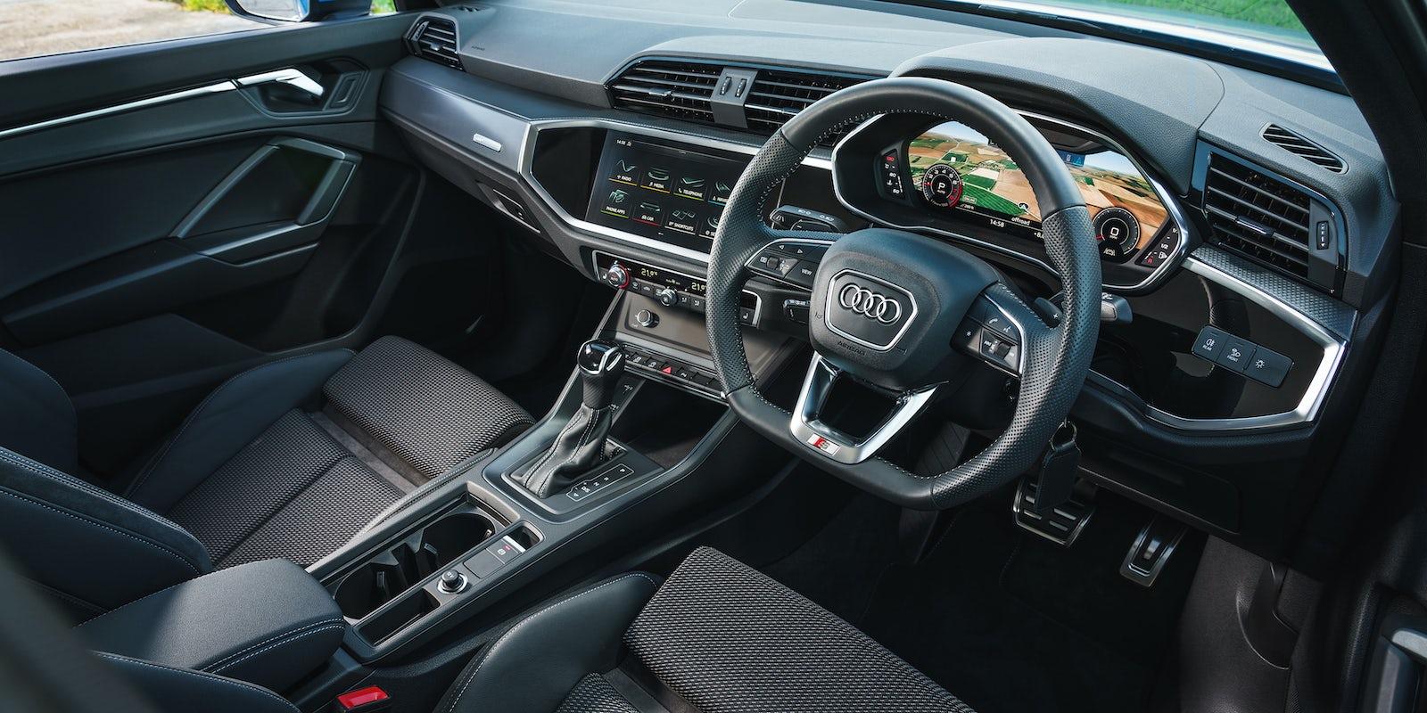 Audi Q3 Interior & Infotainment