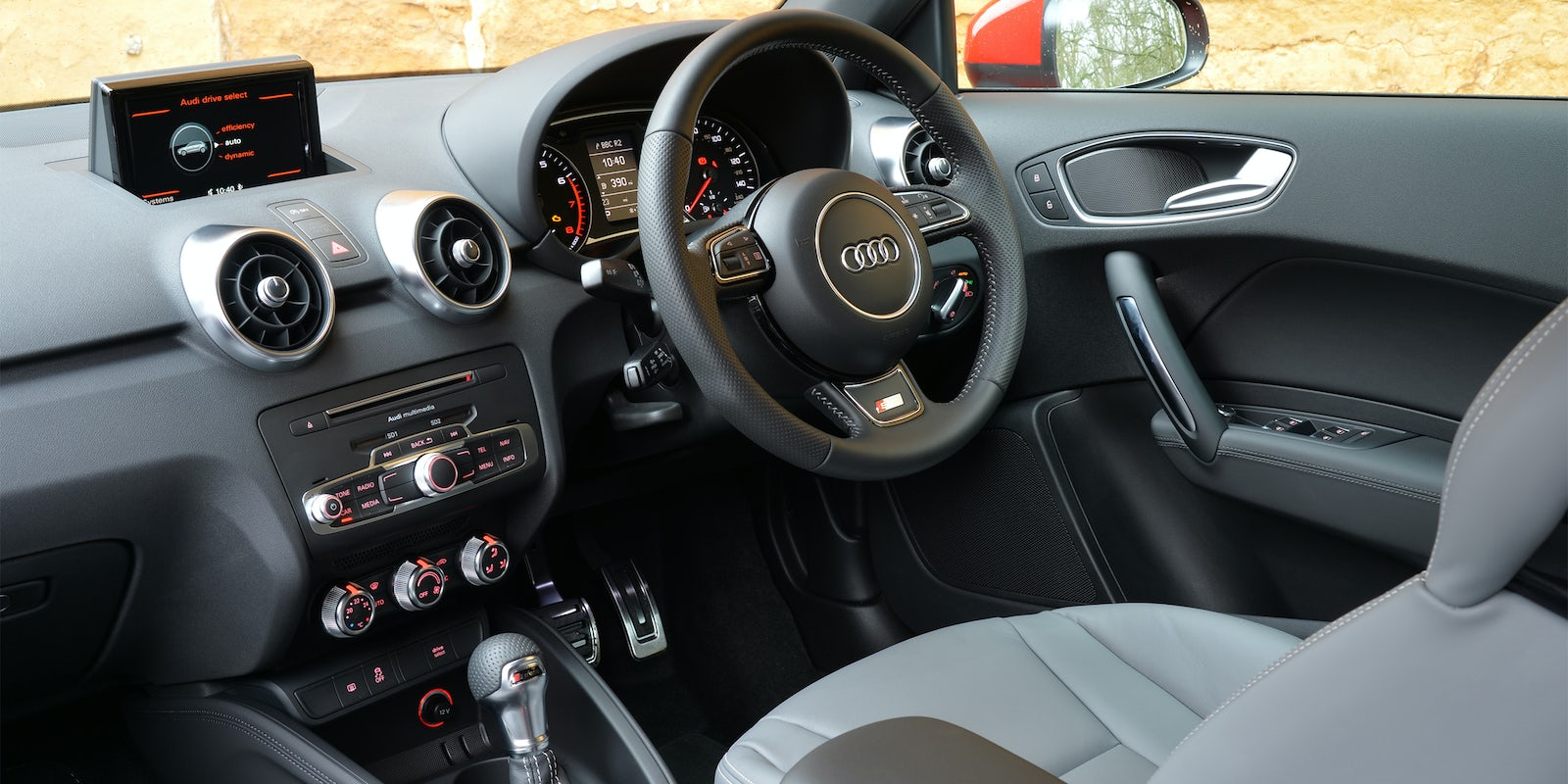 audi a1 review carwow. Black Bedroom Furniture Sets. Home Design Ideas