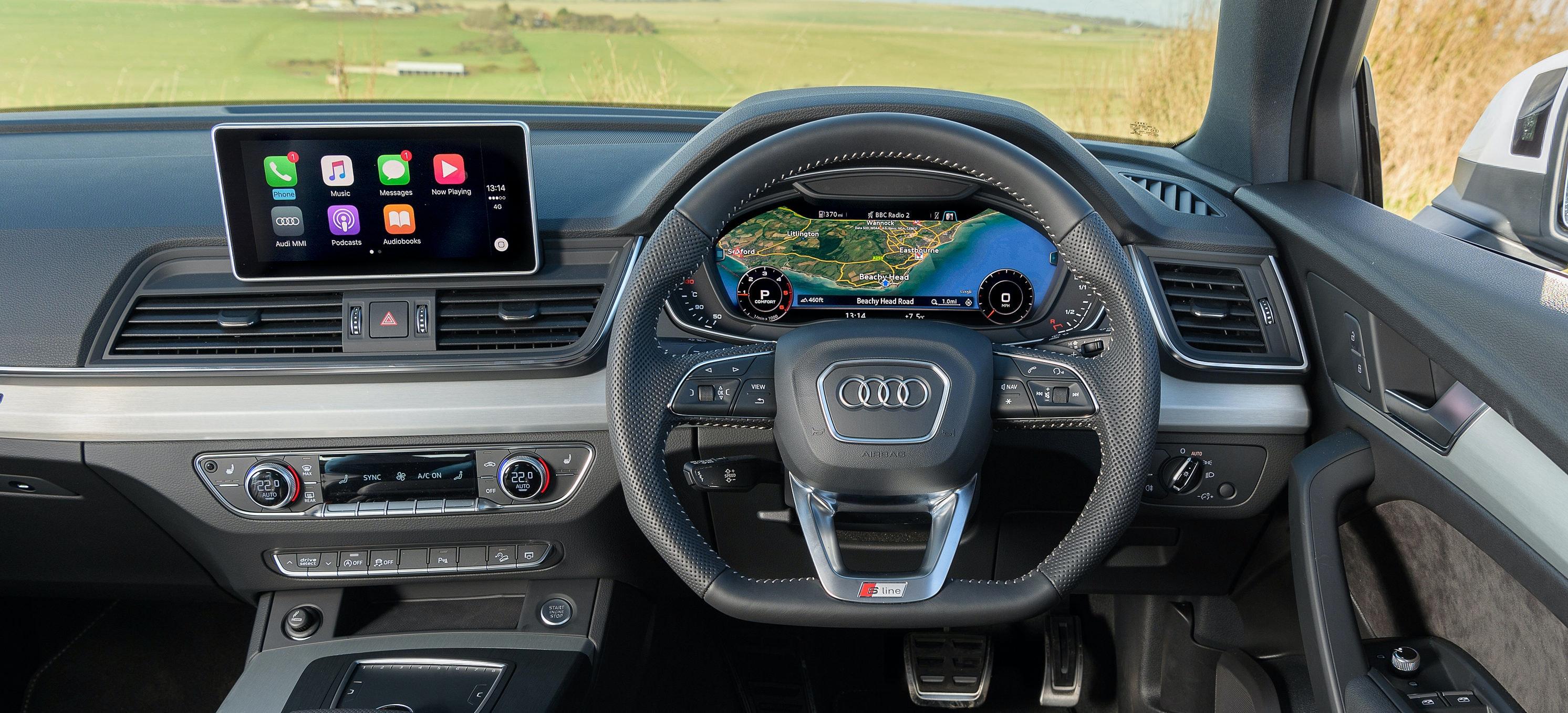audi q5 interior infotainment carwow rh carwow co uk 2016 Audi Q5 Interior 2015 Audi Q5 Interior