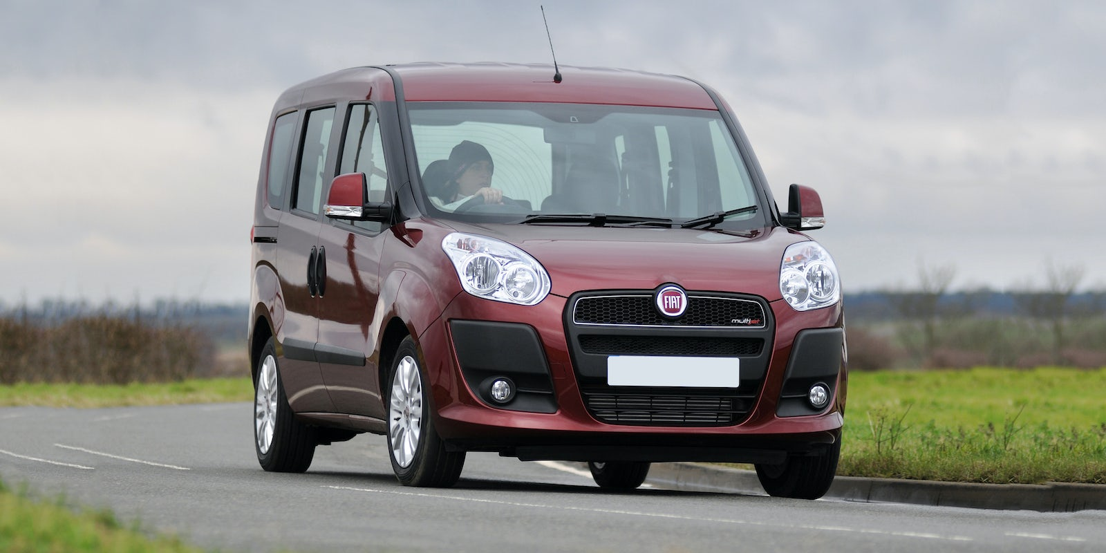 fiat doblo review carwow. Black Bedroom Furniture Sets. Home Design Ideas