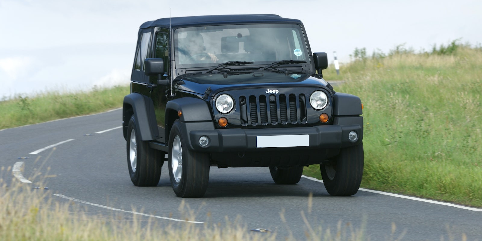 jeep wrangler review carwow. Black Bedroom Furniture Sets. Home Design Ideas