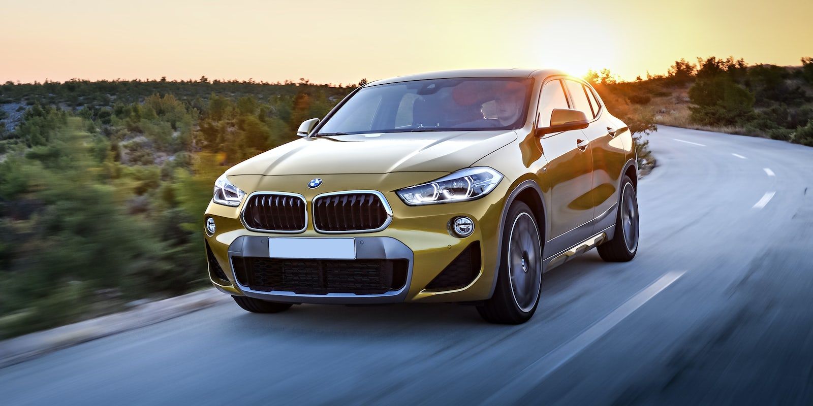 bmw x2 review carwow. Black Bedroom Furniture Sets. Home Design Ideas