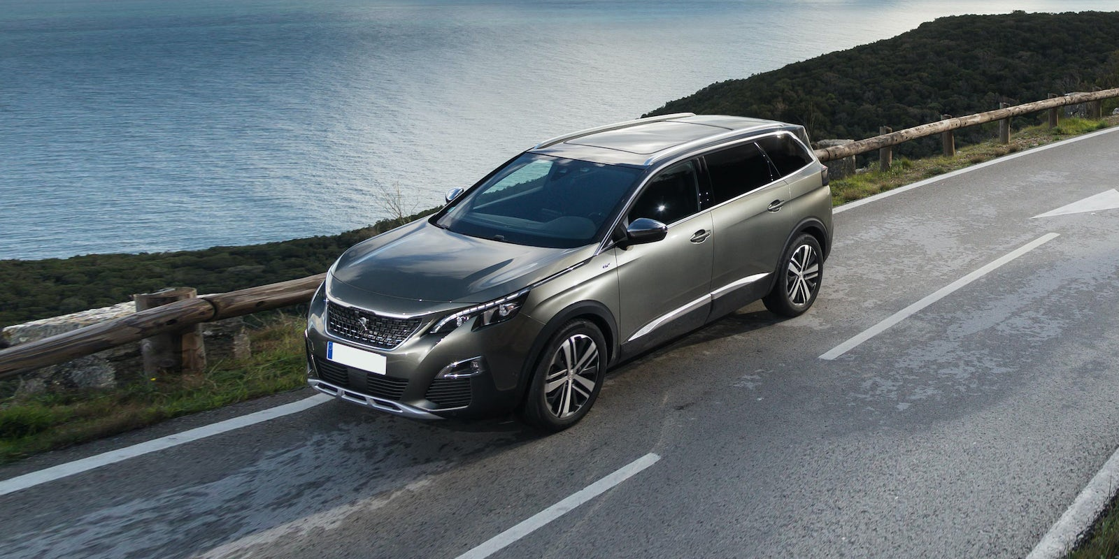 Peugeot Review Carwow