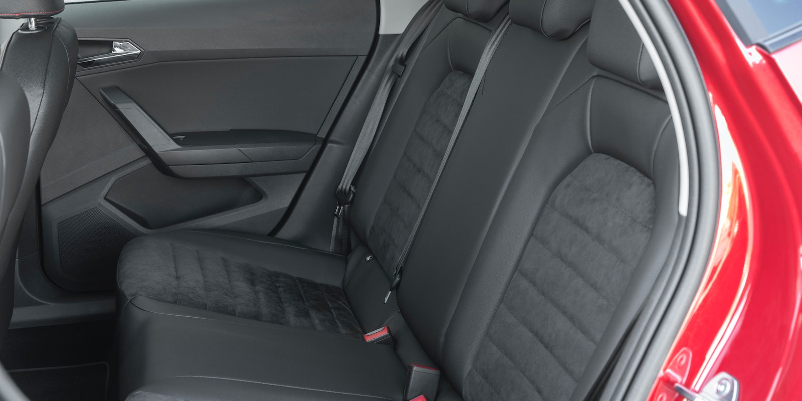 seat ibiza boot space dimensions carwow. Black Bedroom Furniture Sets. Home Design Ideas