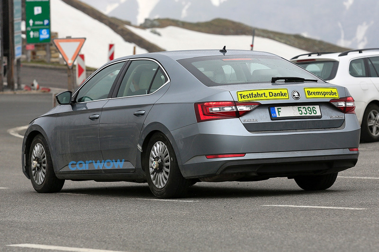 2019 Skoda Superb Facelift Price Specs And Release Date Carwow