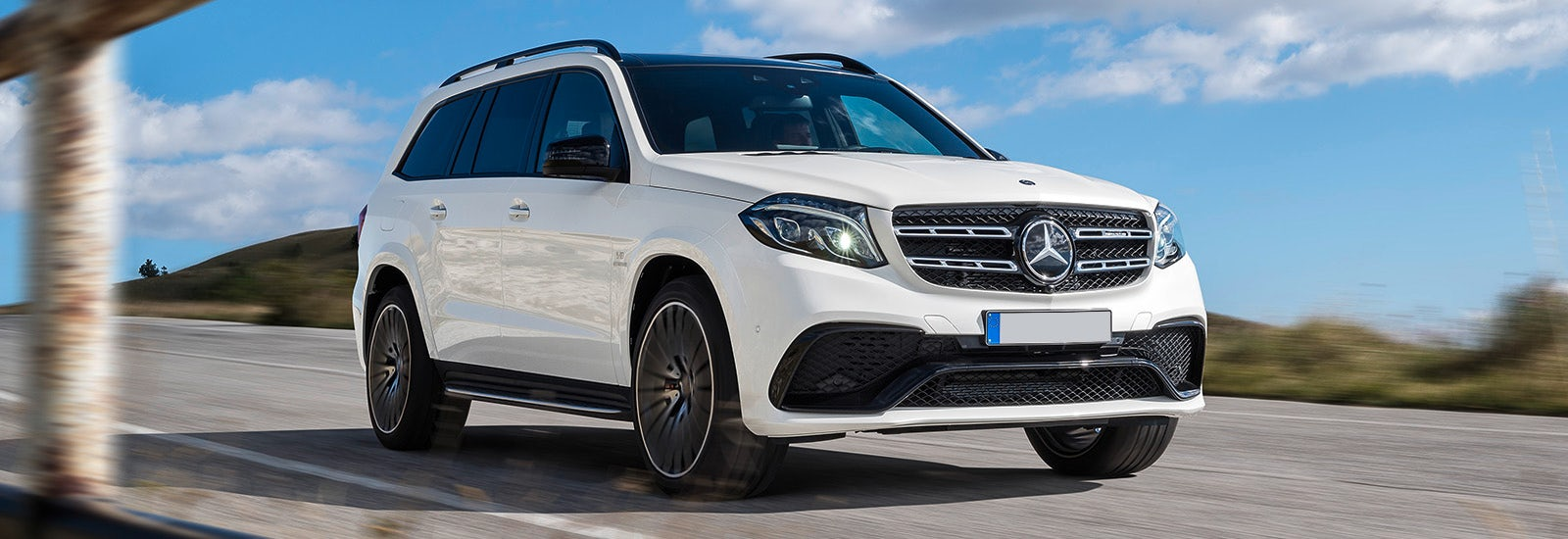 The best seven seater suvs on sale carwow for Mercedes benz seven seater