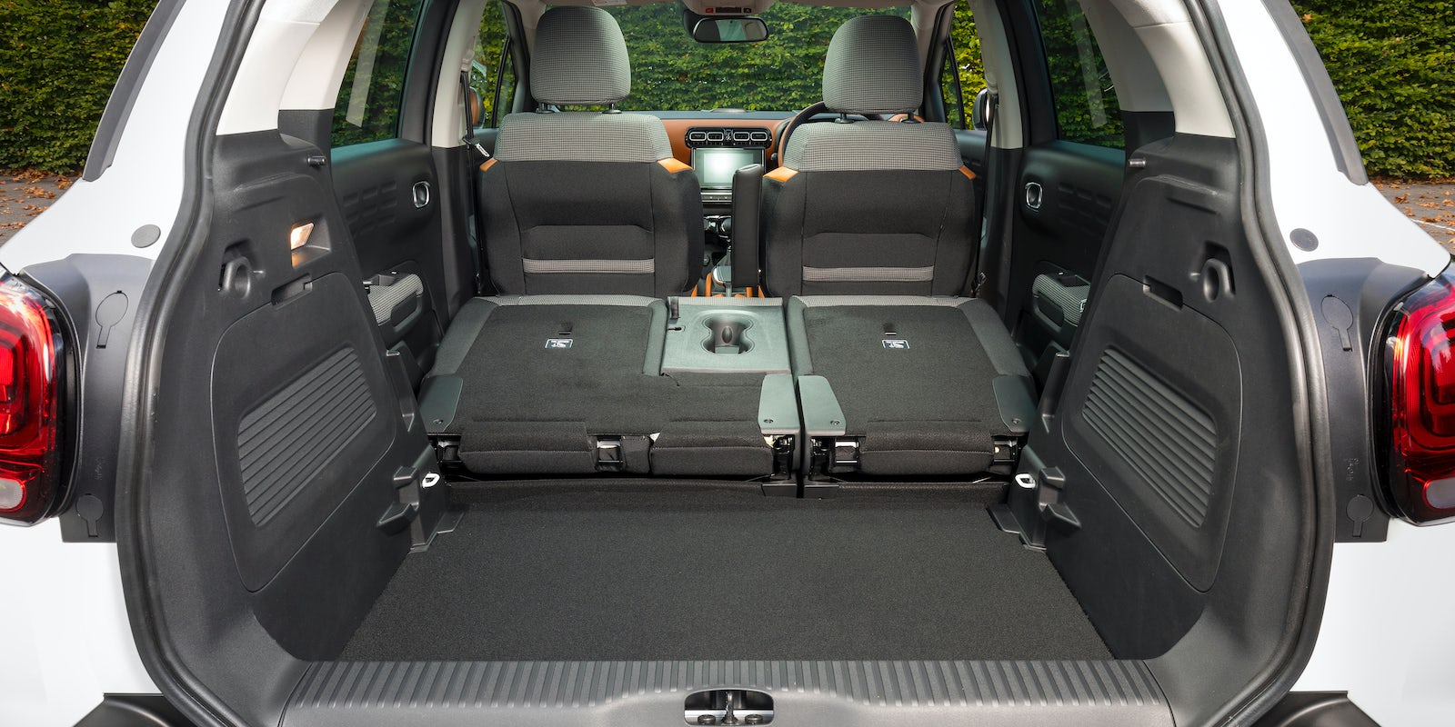 citroen c3 aircross interior and infotainment carwow. Black Bedroom Furniture Sets. Home Design Ideas