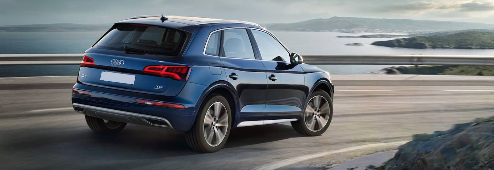 audi q5 dimensions guide uk exterior and interior sizes carwow. Black Bedroom Furniture Sets. Home Design Ideas