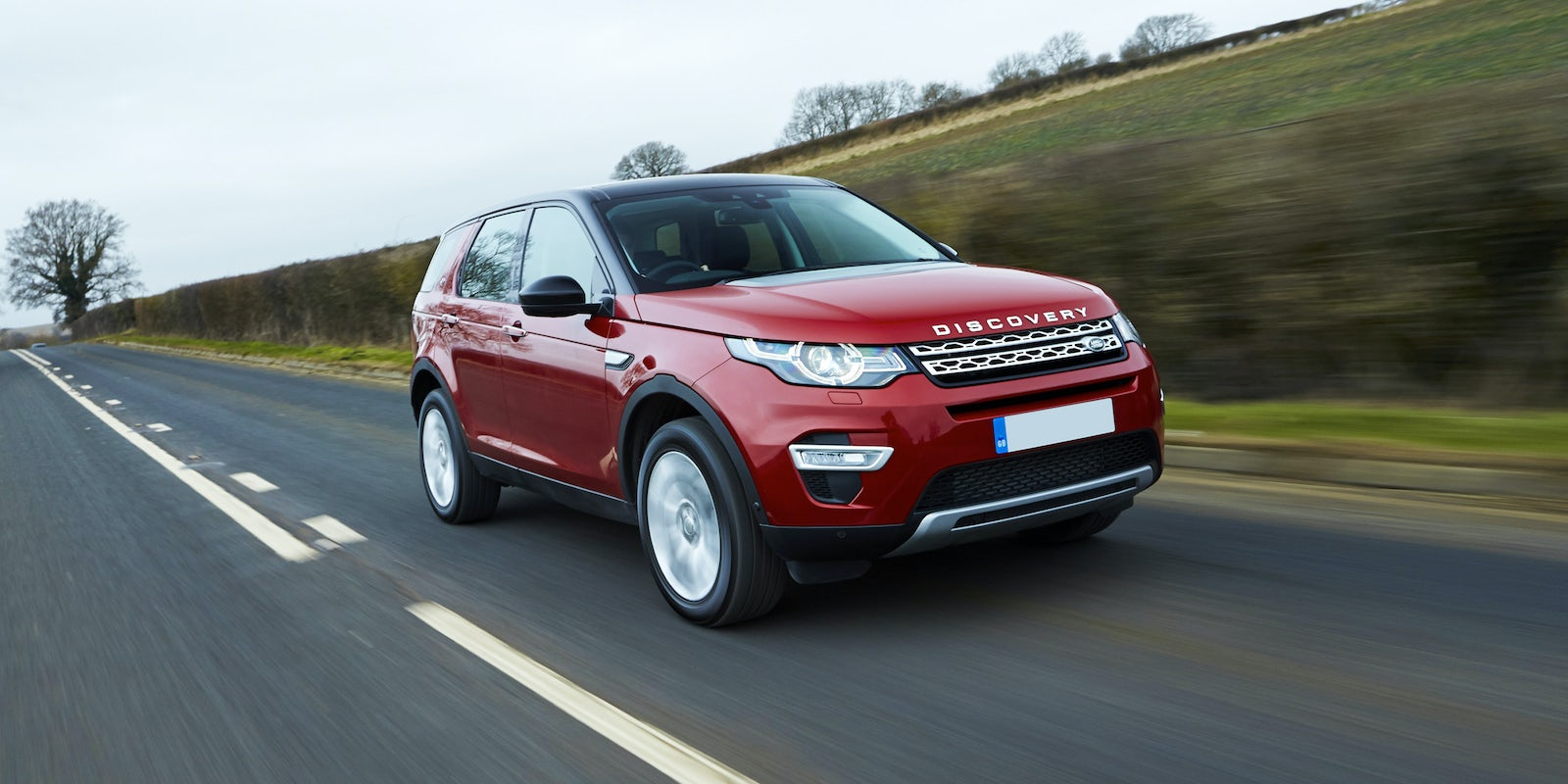 new land rover discovery sport review carwow. Black Bedroom Furniture Sets. Home Design Ideas