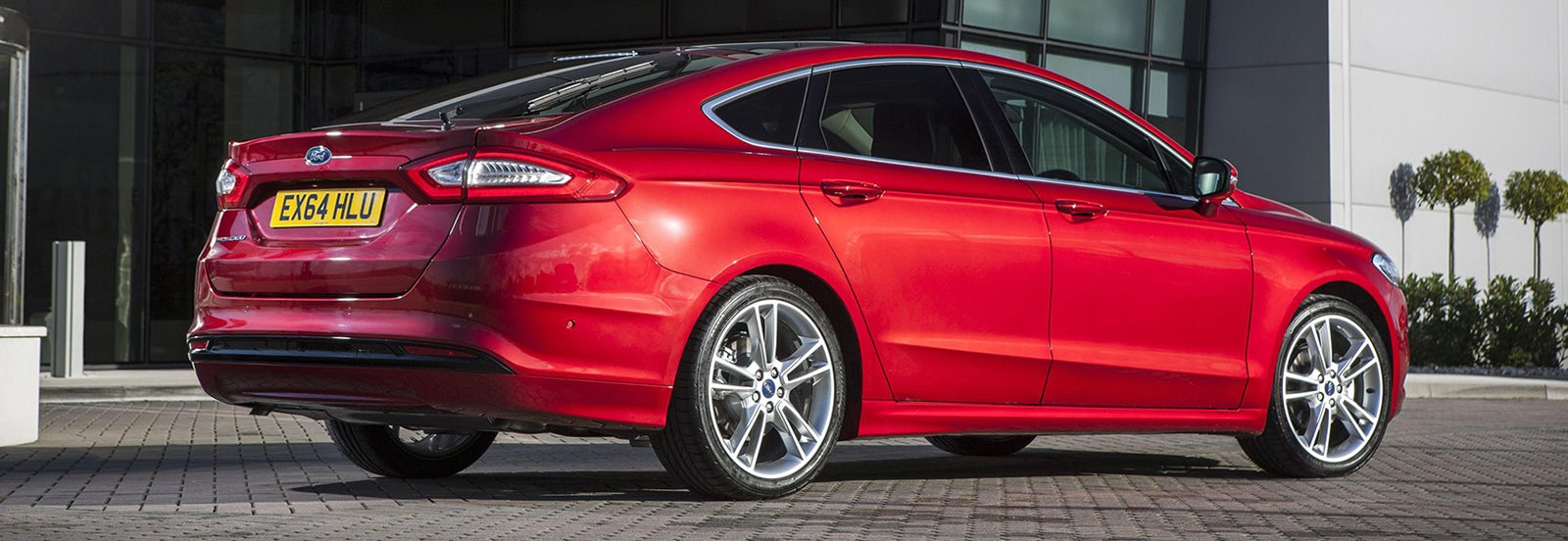 Ford Mondeo Estate Sizes Dimensions Guide Carwow