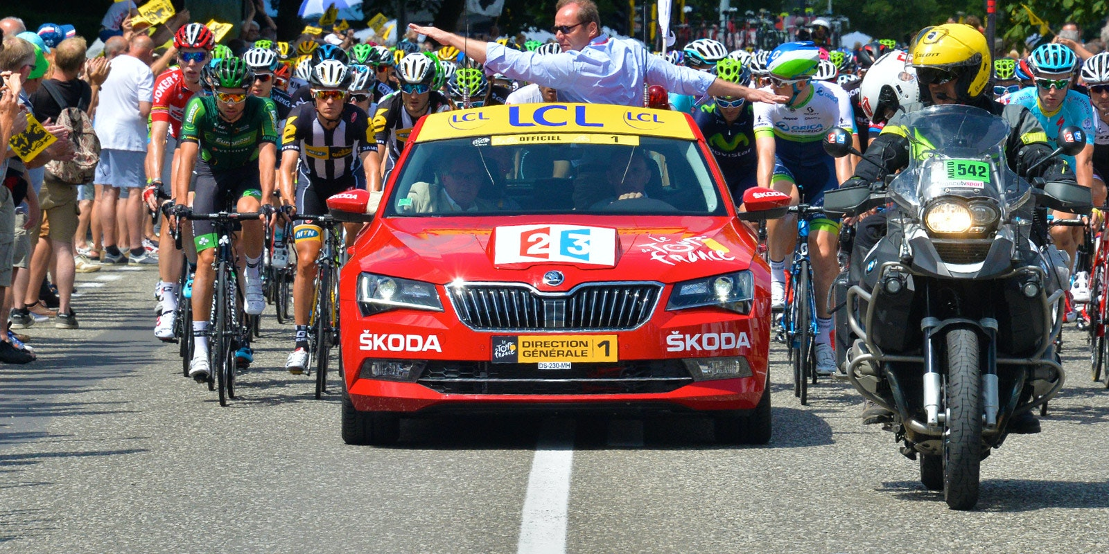 Skoda superb cyclists.jpg?ixlib=rb 1.1
