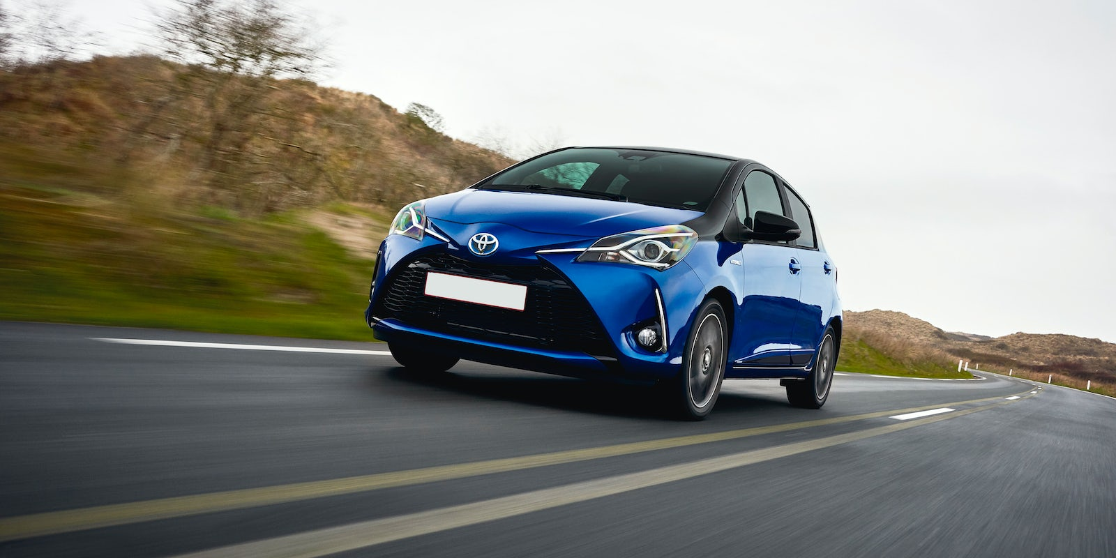 Images Of Small Family Car Toyota Yaris As Good Info For You