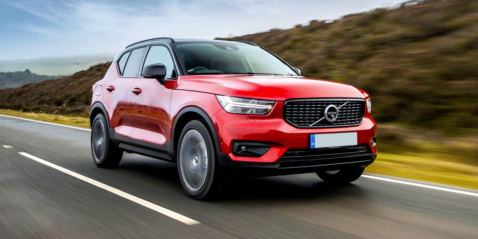 Volvo xc40 red front driving lead 1.jpg?ixlib=rb 1.1