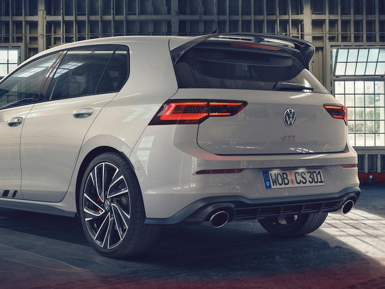 New 300hp Vw Golf Gti Clubsport On Sale Now Price And Specs Revealed Carwow
